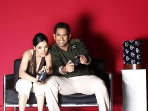 Dhoni prefers XBOX cricket with Bollywood stars rather than playing real cricket in Lanka