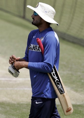 Harbhajan showed he has a few tricks up his sleeve when it comes to batting, too