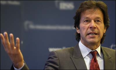 Imran Khan in London speaking against India's calling off the tour to Pakistan