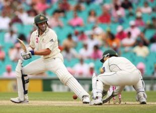 Kamran Akmal dropped Hussey 4 times in the same innings