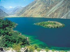 spardu Lake Pakistan